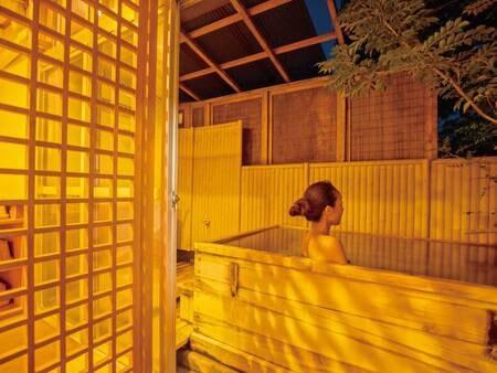 【露天風呂付和室/例】1日1室限定!木の香いっぱいの数寄屋造りの露天風呂付和室にご案内