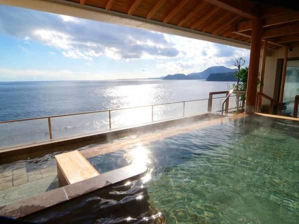 【露天風呂/洋々湯苑】開放的な眺め