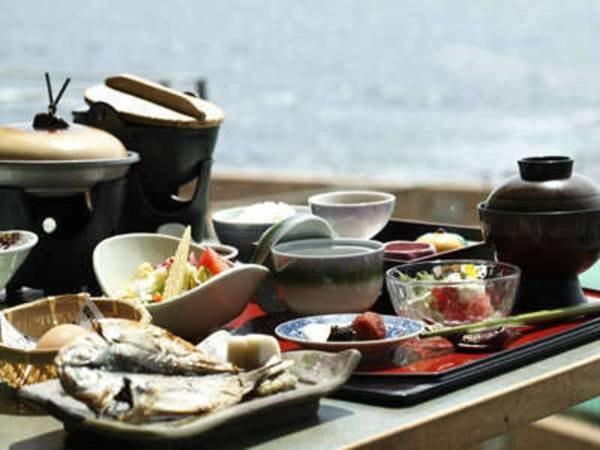 【一泊朝食付き/例】海の幸満載