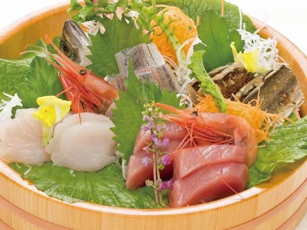 【夕食/例】「金目鯛海の幸懐石」に桶盛り追加のプランも!