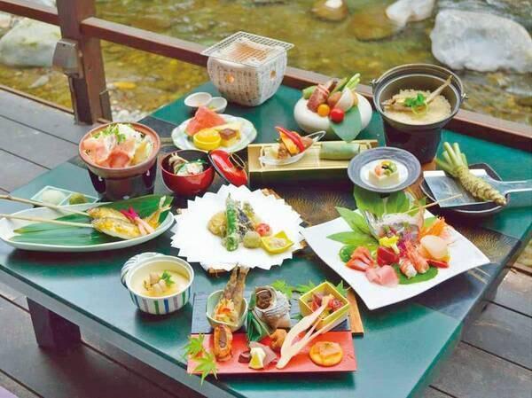 川床・グレードアップコース【初夏の一例】2020年初夏は三島野菜と静岡そだちの炭火焼きが味わえる