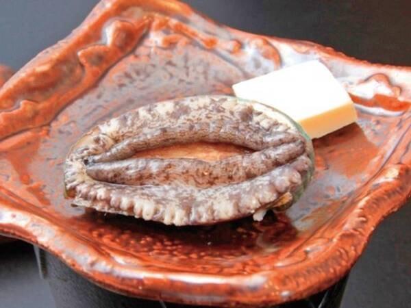 【夕食/例】写真の海鮮プランに「活あわびの踊り焼き」が付く!もちろん下田の金目鯛も