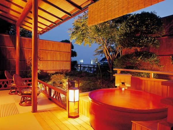 【露天風呂付客室/例】客室ごとに湯船や趣が異なる