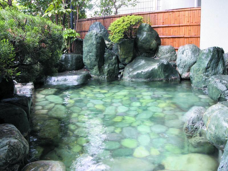 【露天風呂】男女入替制で露天風呂も入浴可能に!