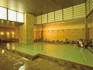 【大浴場「女湯」】豊富な湯量の名湯を存分に楽しめる