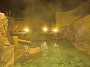 【露天風呂「家康の湯」】徳川家康が愛したといわれる由緒ある源泉を使用した露天風呂