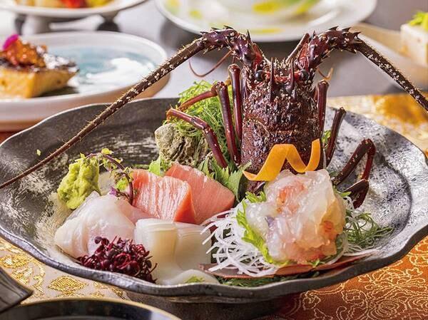 【贅沢!海鮮&和牛[3大味覚]プランの夕食/例】あわびまたは伊勢海老・金目鯛の煮付け・和牛の3大味覚付!