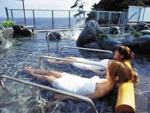 【望洋露天風呂】寝湯・立湯・石風呂・サウナもあり