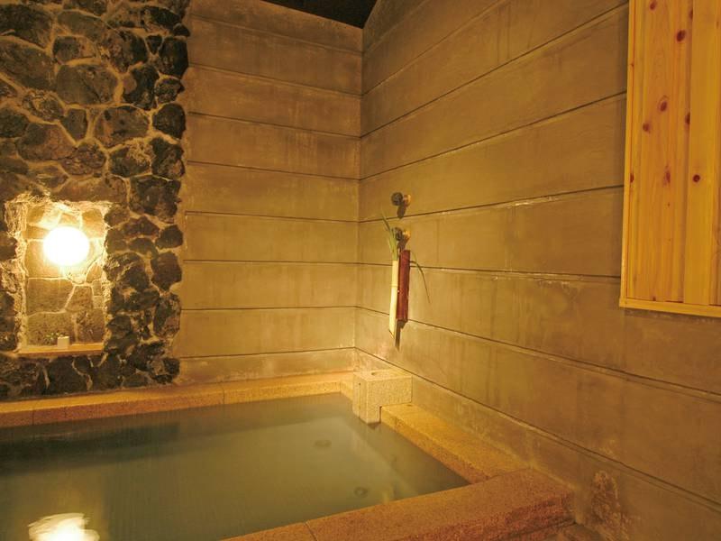 【大浴場】シャワーはすべて『マイクロナノバブル』