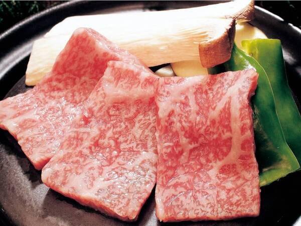 和牛の富士山溶岩焼or 伊勢海老の鬼殻焼/一例