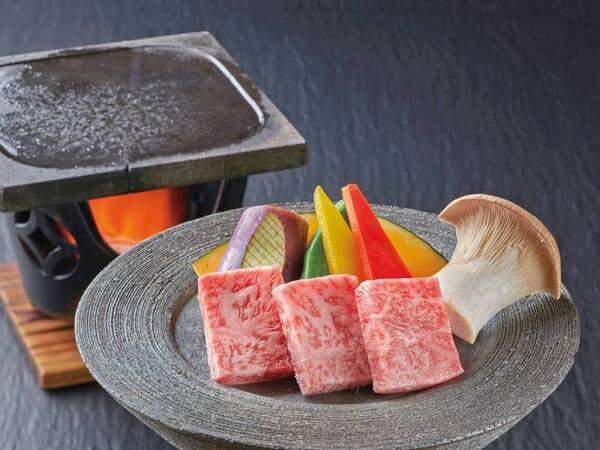 【選べるメイン会席/例】霜降り和牛の富士山溶岩焼一例