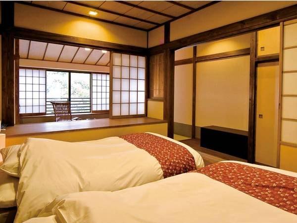 【竹ぶえ・44㎡離れ和室】マットレスタイプのローベッドを2台設えた寝室/例