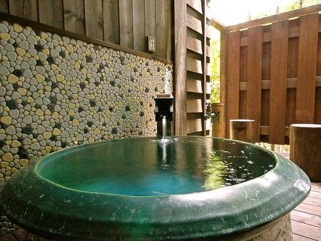 【竹ぶえ・44㎡離れ和室+ツイン】各部屋に専用の露天風呂を有する/例