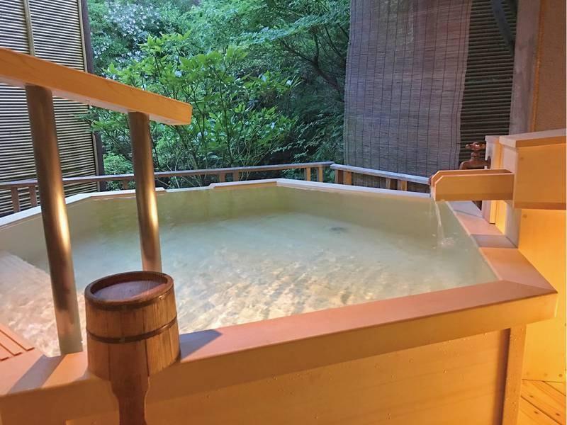 【貸切露天風呂・星】源泉かけ流しの湯をプライベートな空間で堪能
