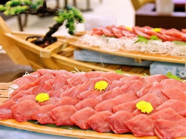 【夕食/例】お造りで造る海鮮勝手丼コーナーも!