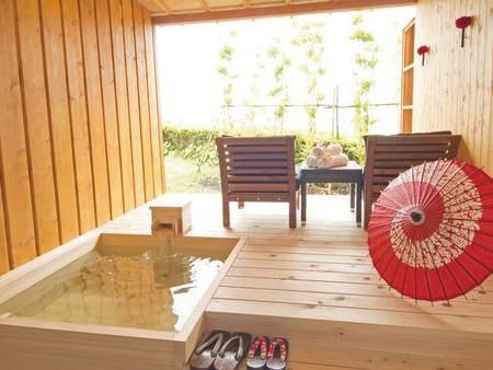 【露天風呂付客室/例】お部屋でゆったり温泉が愉しめる
