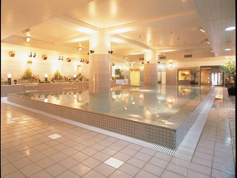 水着着用のクアハウス(温泉運動浴プール)