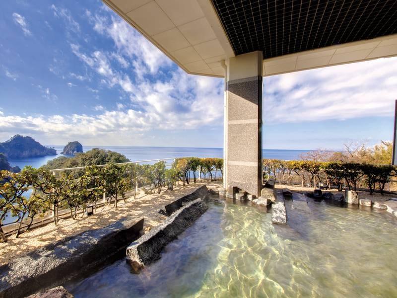 【絶景露天風呂】絶景の駿河湾と三四郎島を眺める