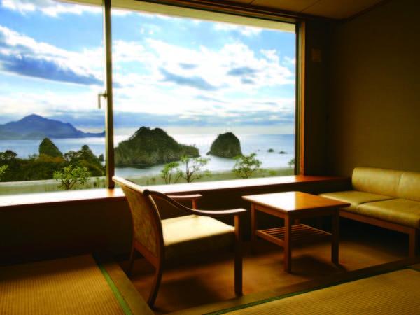 [客室からの眺望例]堂ヶ島の美しい海岸線を一望。5階以上の上層階確約!!