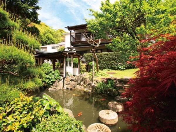 【庭園】春夏秋冬さまざまな表情を見せる