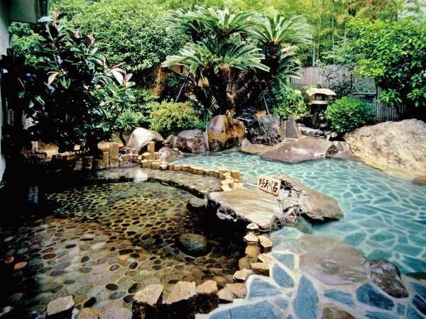 【露天風呂】野趣あふれる露天風呂で伊豆を満喫