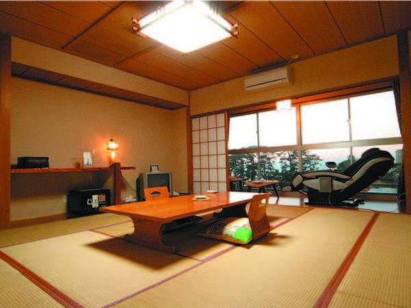 【10畳和室/例】ギネス登録の花時計と松林を望む