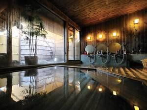 【古代檜風呂】木の香りが心地よい