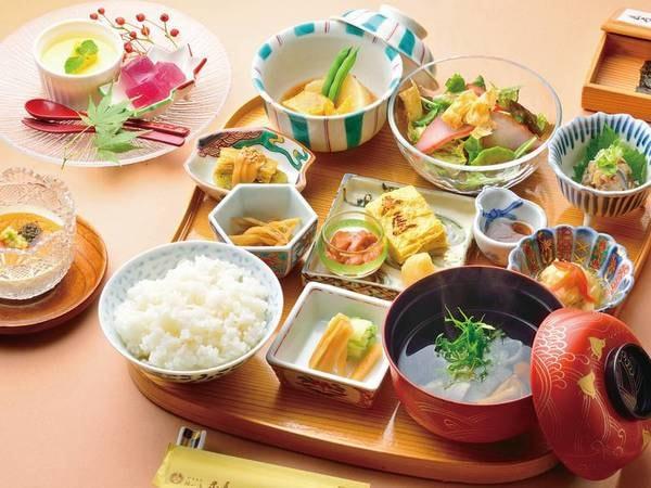 【朝食/例】伊豆の海の幸・山の幸をたっぷりしようした、朝から満足の和食膳