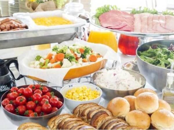 【朝食/ブッフェ例】伊豆山海の美味彩宴で伊豆ならではの食材を堪能して頂けます