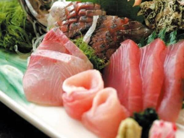 【スタンダード会席/例】仕入によって日替わりになる地魚のお造り