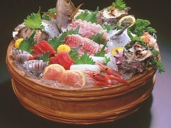 地魚尽くし一例:魚好きにはたまらない♪ランクアップ地魚お造り盛合せ