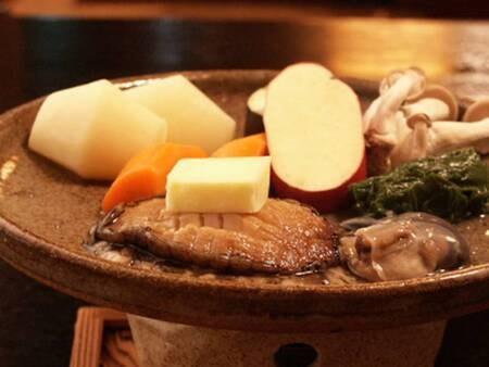 豪華プラン一例:当苑ならでは!新鮮なアワビを陶板ステーキで食す