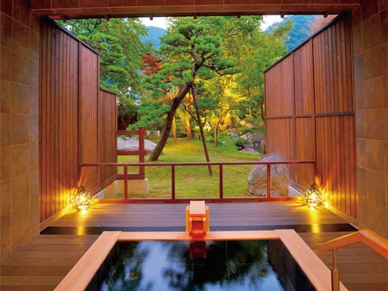 【有料貸切露天風呂】星空の湯、カンテラの湯
