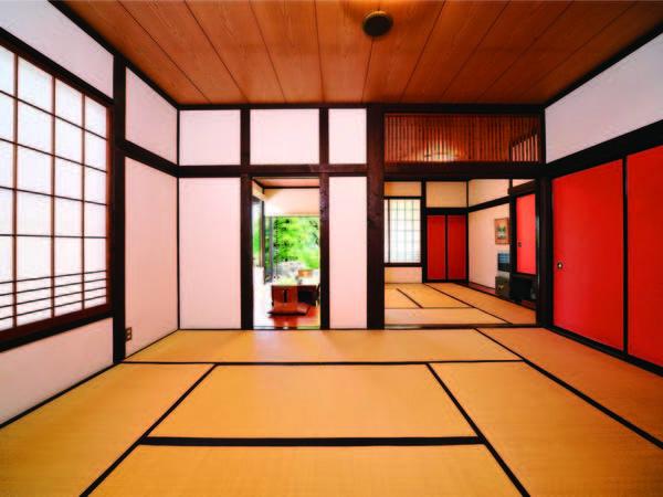 【客室/例】広々とした造りの22畳三間客室にご案内