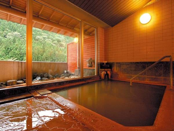 【にごり湯の宿 赤城温泉ホテル】雄大な自然の中に佇む「にごり湯」が魅力のお宿