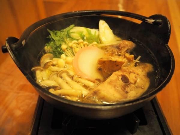 季節替わりの創作料理一例/メインの赤城地鶏のコラーゲン鍋