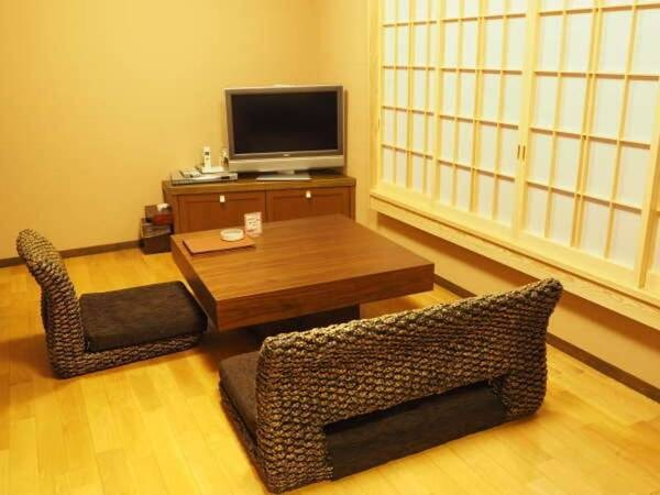 別邸かえで ヒノキ風呂付和洋室/一例