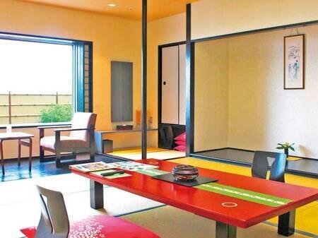 【展望客室/例】高台から上州の山々や渋川市街を望む良眺望客室