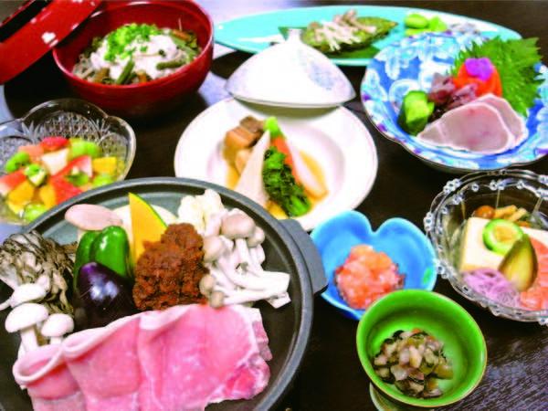 【夕食/例】旬の食材をふんだんに使った和会席12品
