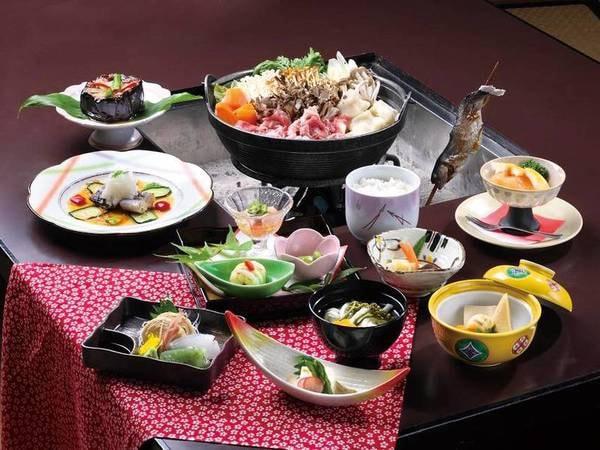 【夕食/例】宿名物の秘伝味噌で仕上げた『山賊鍋』が愉しめる