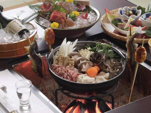 【山賊鍋/例】夕食は囲炉裏を囲んで