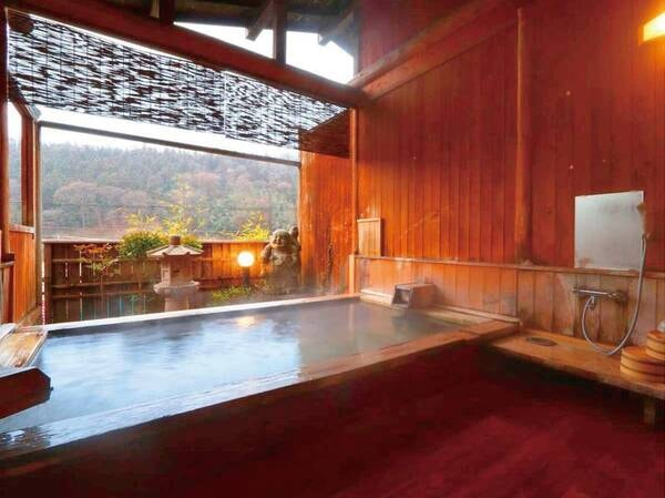 貸切檜露天風呂「布袋の湯・観音の湯」