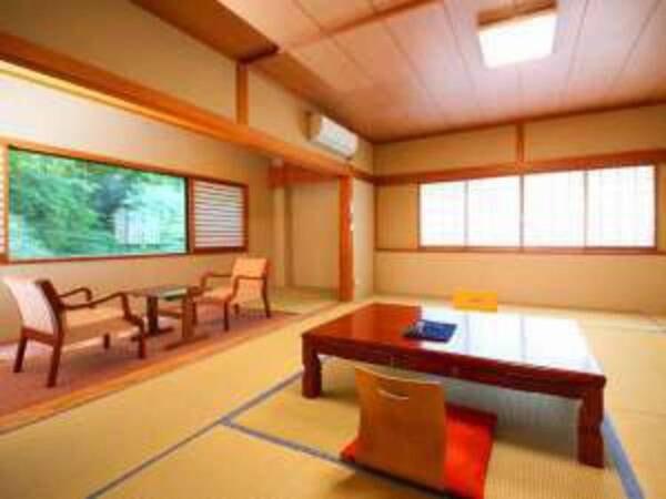 3階和室/バス・洗浄機能トイレ付