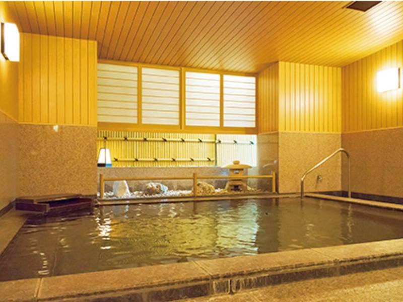 【貸切風呂】ナチュラルイオンを使用した貸切風呂。人数に合わせて3種類から選べる※有料