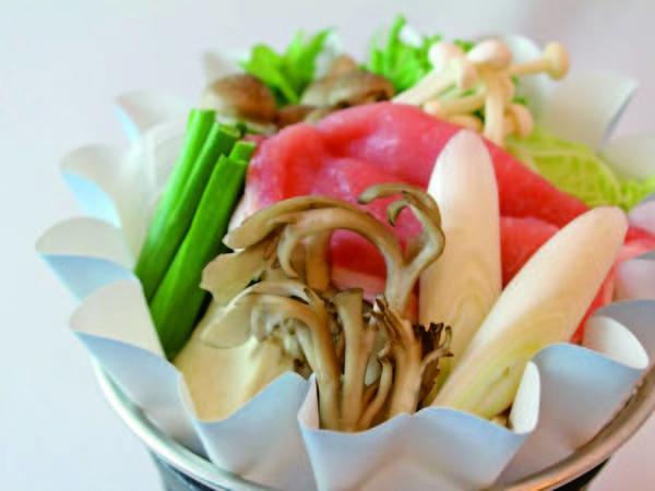 【選べるお鍋/例】豚の味噌仕立て鍋の例
