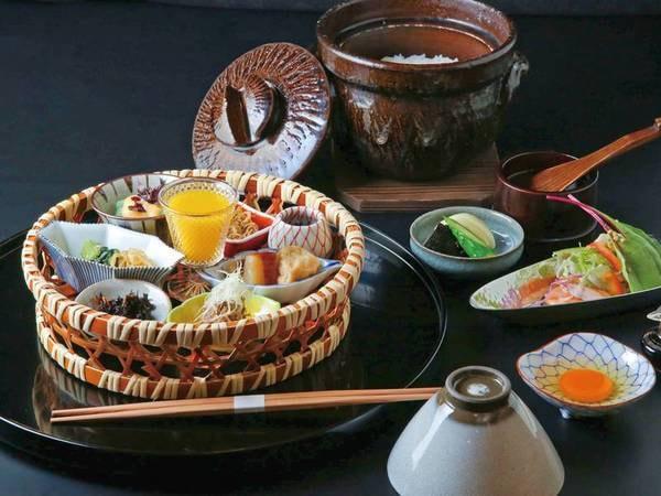 【朝食/例】旅立ちの朝に土鍋で炊いたご飯をご用意