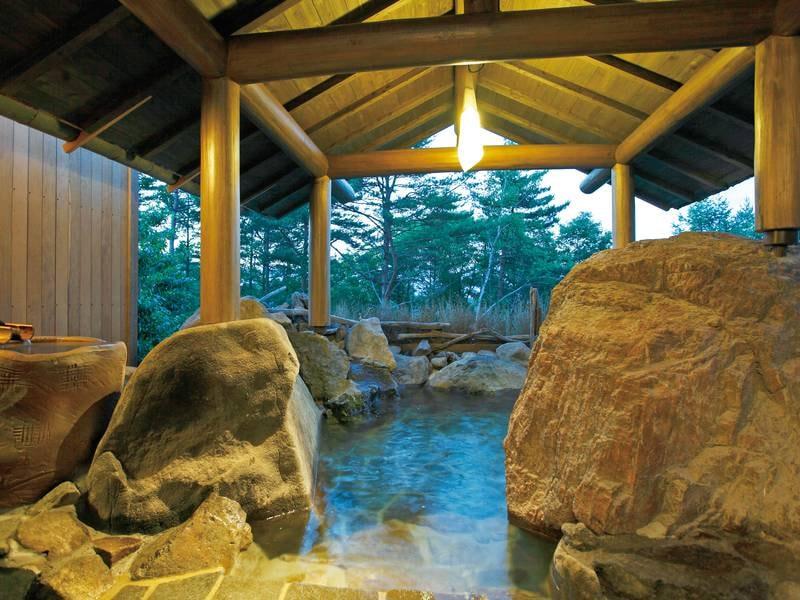 貸切風呂【岩室】3種ある貸切風呂は空いていれば無料で利用可能