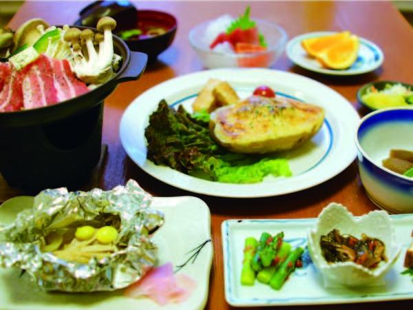 【夕食/例】地元素材や旬の食材を使った手作りの会席をご用意