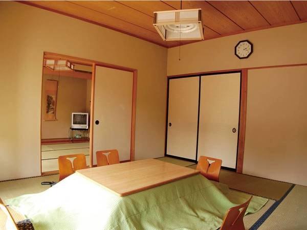 和室8畳+和室6畳+広縁、トイレ