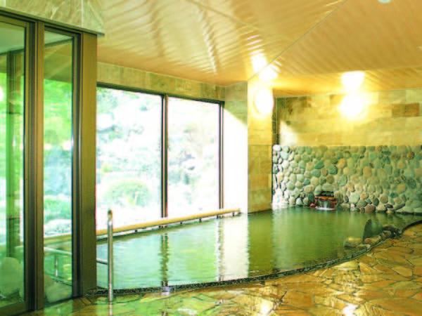 【やまびこ荘】東京から2時間の秘境「上野村」の山中にたたずむ秘湯の一軒宿